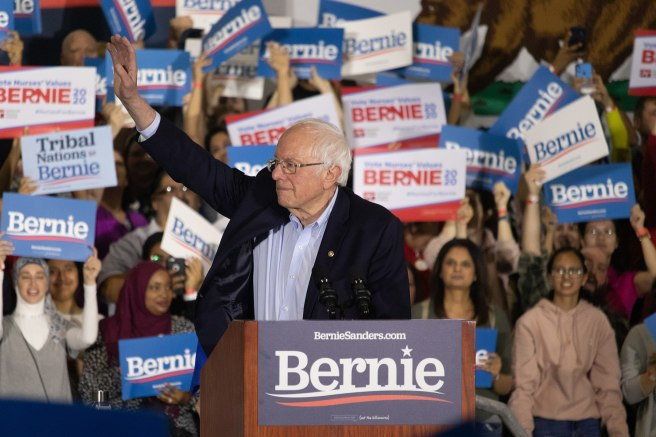 1920px-Bernie_Sanders_-_Rally_at_San_Jose,_CA_-_2
